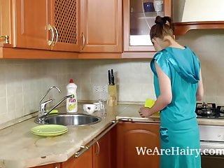 Girl t tgp - Hairy girl vanessa t gets wet in the sink