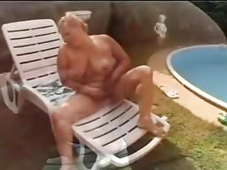 Granny double penetration tube - Hungarian bbw granny lotta double penetration outside