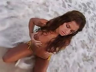 Brooke pumpkin naked - Brooke tessmacher adams naked on the beach
