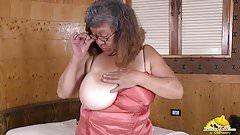 LatinChili fat bbw chubby Brenda toy masturbation