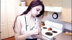 BRUNETTE RUSSIA GIRL