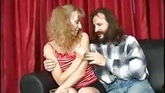 Старый мужик занимается сексом с молодой девушкой №8