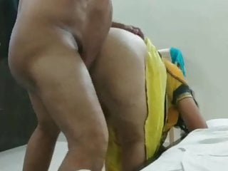 Desi saree hardcore Desi chachi in saree getting fucked standing doggy style