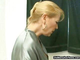All female npcs nude wow All-female bathroom dildo fun
