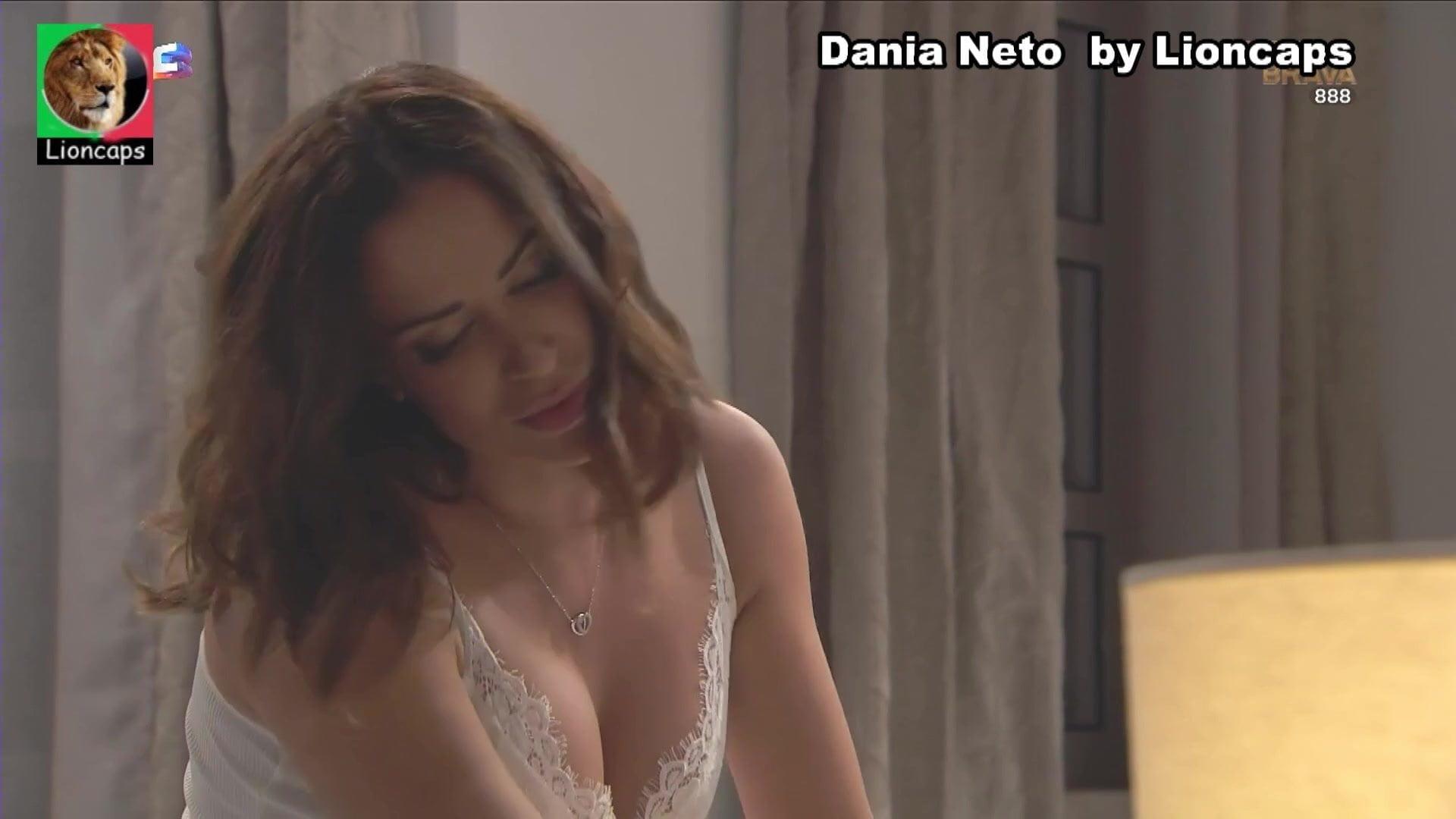 Neto nackt Dania  Dania Neto