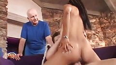 Screwing The Hot Wife