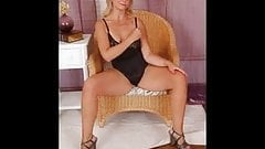 MATURE LADIES AND MILFS SLIDESHOW 2