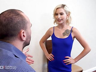 Celebrity fake female nude - Trickery - dude fucked by fake female ice agent
