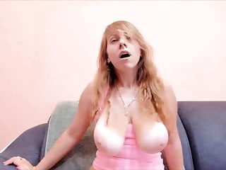 Lesbian webcam for free Onebigkisss bio and free webcam 2
