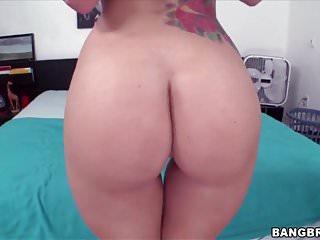 Get a big ass Jamie jackson with a big ass gets fucked