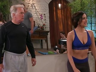 St anger sucks Noureen dewulf - anger managements s2e34