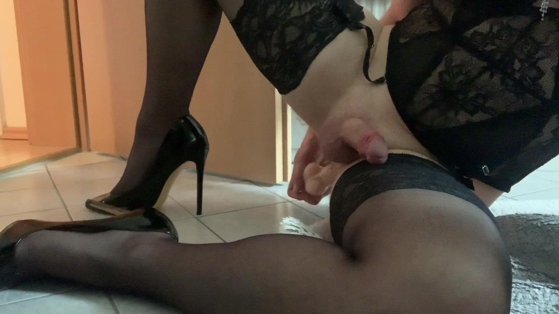 Reiten Cumming Dildo Während Huge dildo