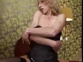 Dildo girl hot lesbian - Hot granny and her toys. fisting by young girl