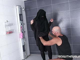 Nicolla ross nude Randy worker helps valentina ross in niqab