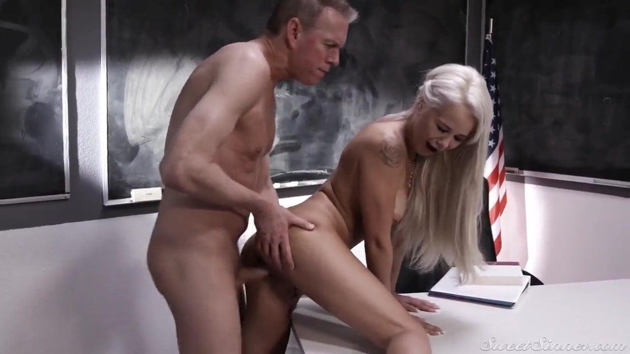 Kompletter Porno