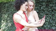 Великолепная Kira Thorne и Stacy Bloom, горячие лесбиянки в позе 69