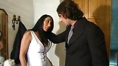 Angela Gritti gets fucked by a big cock in her divine ass