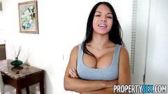 Propertysex - арендатора-латину уничтожил большой член арендодателя