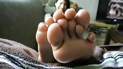 sexy Mona soles in your face