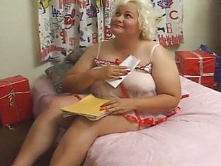 Santa claus outfit porn Chubby blonde mature eating santa claus