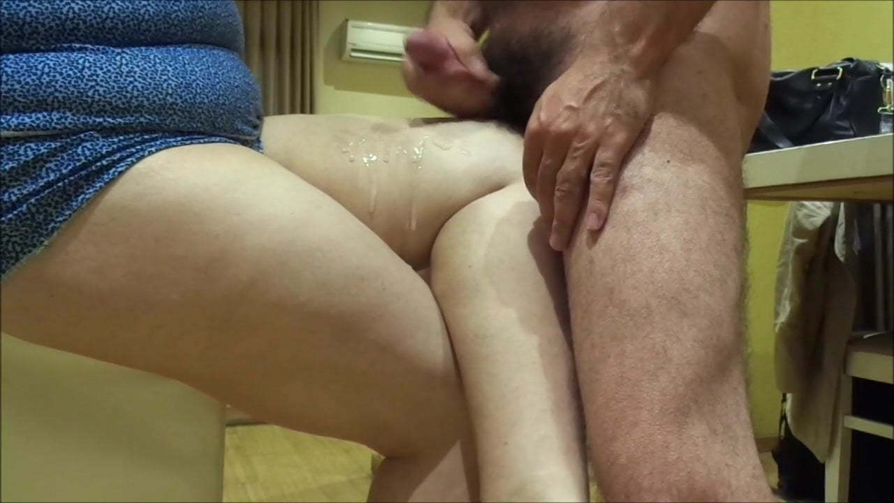 Slut Showing Off Public