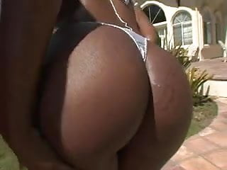 Muscled black woman fuck Most beautifull and hot black woman fuck white man