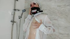 Tokyo Ghoul-Sexy cosplayer caresses herself through a wet sh