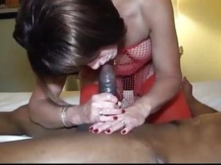Hot kdz porn - Hot wife fucks bareback with black stud.