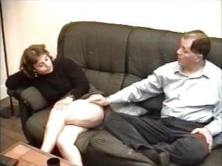 Sexe gay poilu Fist et sodomie avec une vieille libertine poilue