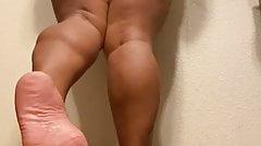 Latina Ass Calves & Soles