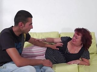 Mom and me fucking and sucking - Mature slut mom fucking and sucking a hard cock