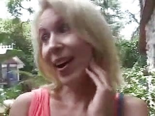 Divorce mom loves young cock Mature mom loves young cock in her ass