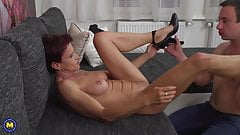 Kinky mature mom gives deep blowjob and fucks boy