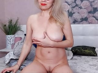 Crack hore nude A new hore ready for fack
