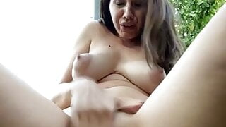 Squirting in public park 2