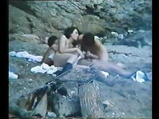 Porno classic video 70s and 80s for sale - Greek porn 70s-80s i kyria ke o moytchos 4