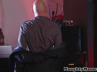 Curtis jacksons cock - Busty kinky masseuse diamond jackson ass fucked