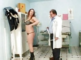 Real pussy vids Andrea visiting her gyno doctor for real pussy