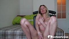 fuck Lovely Vanessa Astonishing girlfriend records herself while masturbating   sensual