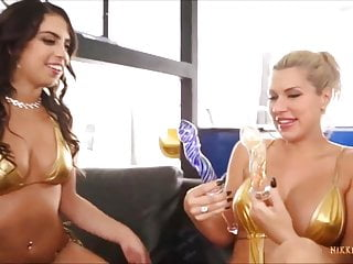 Taylor may facial Busty milf savana styles shares dildos with sexy taylor may