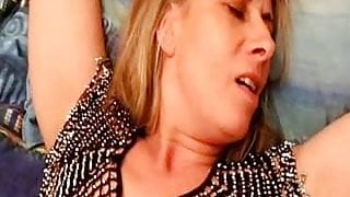 french slut wife lisa fisted and squirting