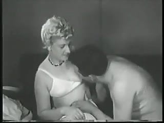 Differnt kinds of vaginas - Mature eat two kinds of banana - circa 59s