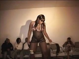 Watch black teen fuck - Guys watch black babe shake her booty