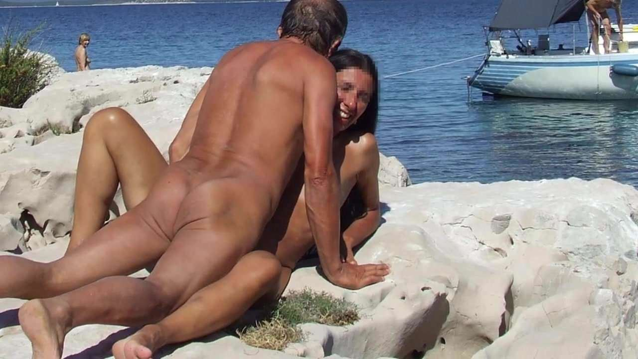 Randy Couple Imageed Having Steamy Mid