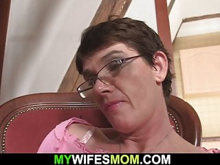 Mother inlaw blowjob Hairy pussy mother inlaw swallows his cheating big cock