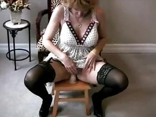 Allure amateur big tit Alluring cougar doing what she does best 6