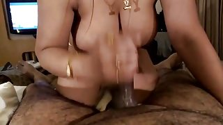 Desi guy getting bj by a classy call girl.