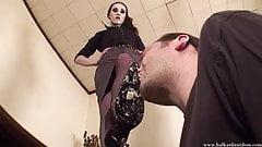 Mistress Bojana - Eat From My Heels