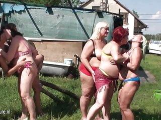 Pink lesbian cunts Five mature lesbian cunts fuck eachother
