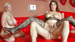 Round bellied and big boobed mature lady has group sex